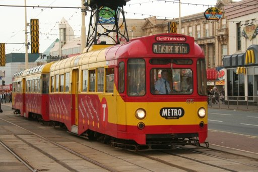 Blackpool Tramway tram 675 at Central Pier