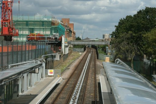 Docklands Light Railway stratford route at Langdon Park station