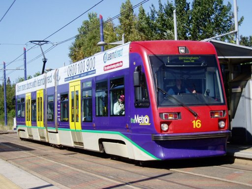 Midland Metro tram 16 at Handsworth, Booth Street stop