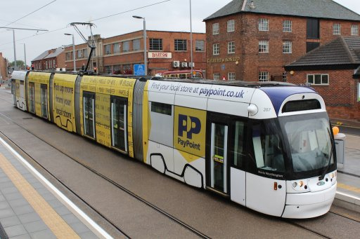 Nottingham Express Transit tram 207 at High Road - Central College stop