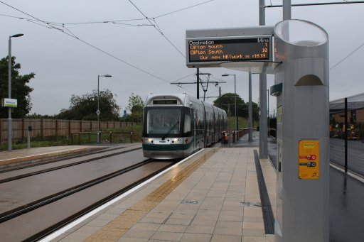 Nottingham Express Transit tram 204 at Wilford Lane stop