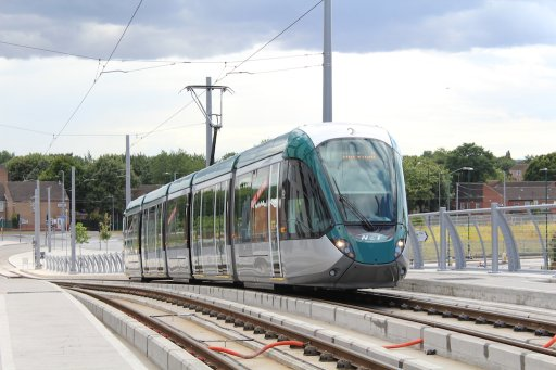 Nottingham Express Transit tram 228 at Queens Road bridge