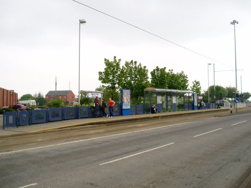 Sheffield Supertram tram stop at Manor Top/Elm Tree
